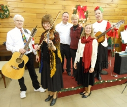 Merry Minstrels' singers and musicians will perform a Holiday Music Program on Dec 10, 2017